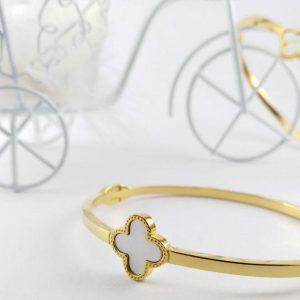 دستبند دخترانه شیک ۴۰۳۳۵۵