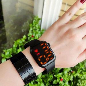 ساعت دیجیتالی طرح اپل